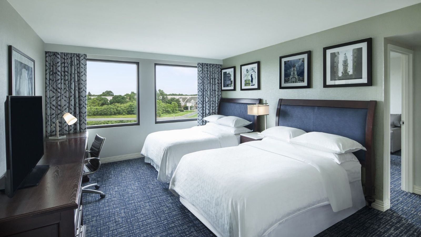 Philadelphia Airport Accommodations - Double Suite